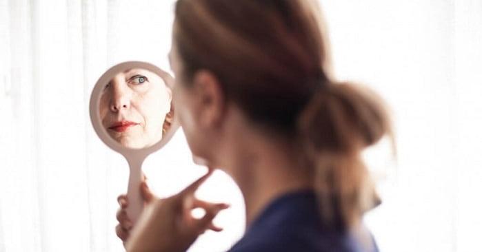 واریس صورت بعلت افزایش سن، تغییرات هورمونی، استرس و ...