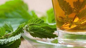 کاهش لخته شدن خون با داروهای گیاهی( چایی دارچین، زنجبیل، کاسنی و ...)